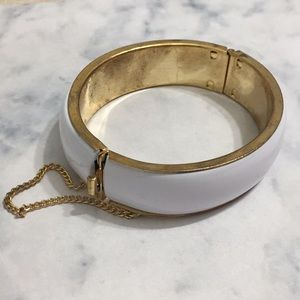 White Enamel Gold Chain Chic Clac Bangle